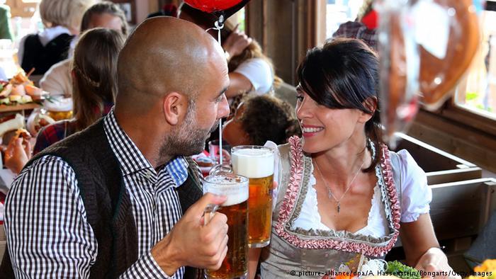 Пиво веселит